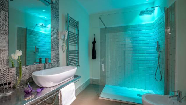 Spagna-Secret-Rooms-Rome-Bathroom-Superior