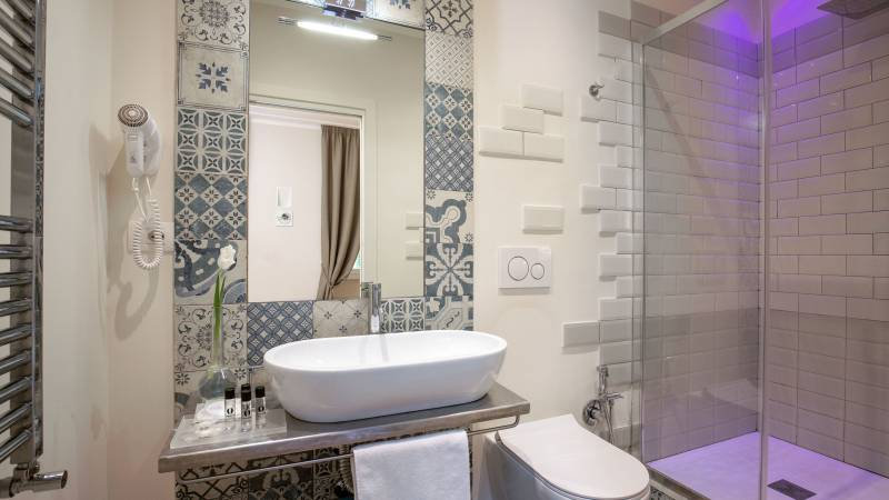 Spagna-Secret-Rooms-Rome-Bathroom-Comfort
